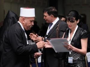En drusisk delegat registrerar sig på konferensen (foto: GPO)